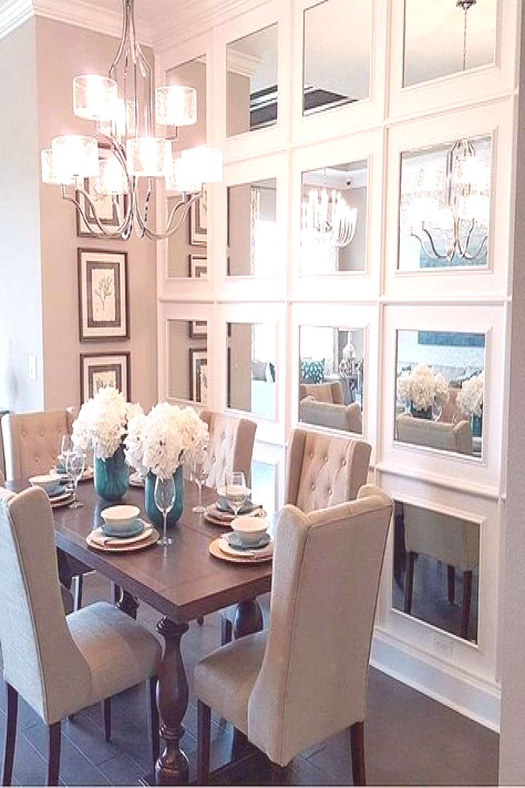 47 The Best Small Dining Room Design Ideas That You Can Try in Your Home