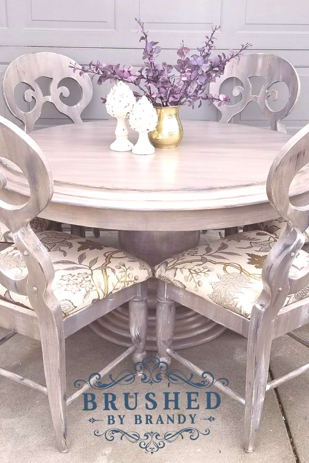 I picked up this incredible dining set off Facebook marketplace. It caught my eye because of the pe